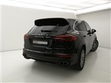 81837-Cayenne Turbo Tiptronic MY15-Jet Black Metallic