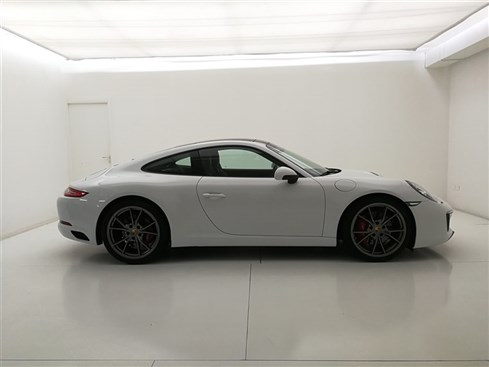 111800-911 Carrera S Coupe MY17-White